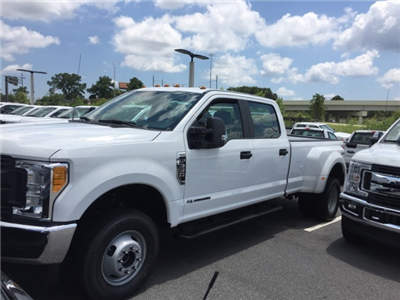 2017 F-350 Crew Cab DRW 4x4, Pickup #HED63925 - photo 4