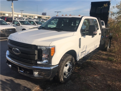2017 F-350 Crew Cab DRW, Platform Body #HEF23558 - photo 3