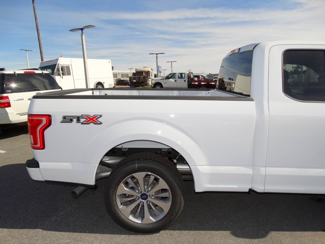 2017 F-150 Super Cab, Pickup #HFA92641 - photo 5