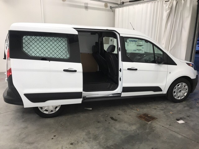 2018 Transit Connect,  Empty Cargo Van #J1349968 - photo 3