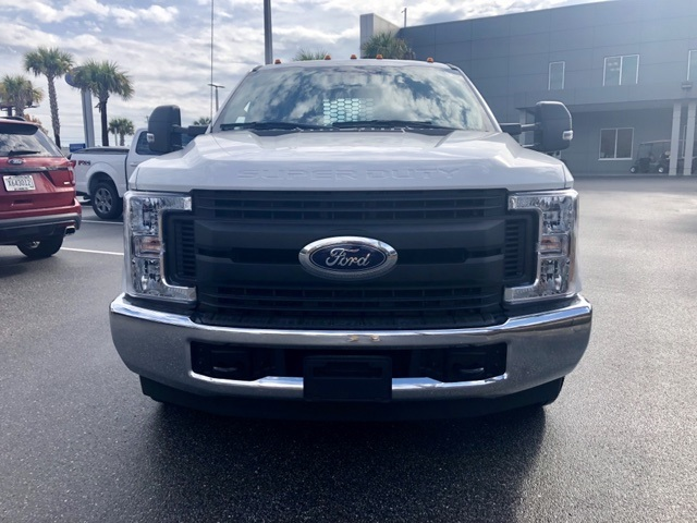 2018 F-350 Crew Cab DRW 4x2,  Knapheide Value-Master X Platform Body #JEC21715 - photo 10