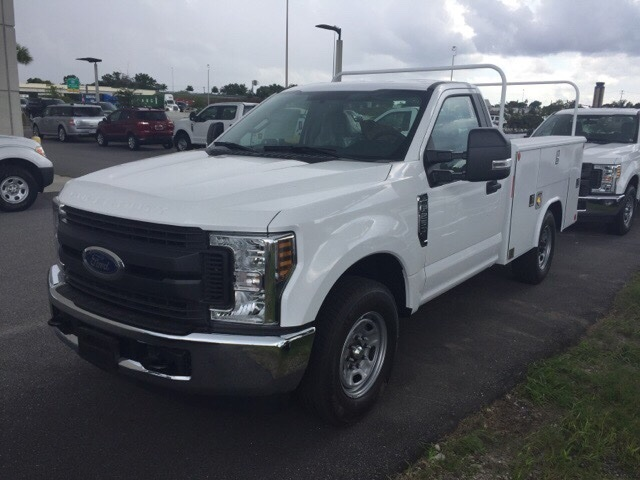 2018 F-250 Regular Cab 4x2,  Reading Service Body #JEC73944 - photo 3