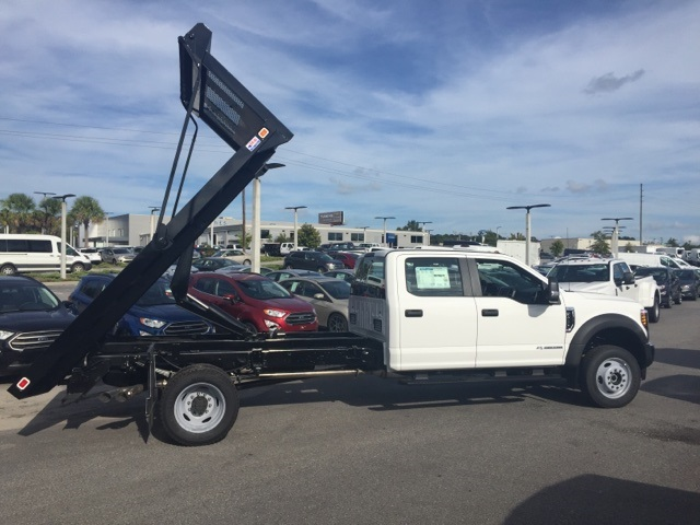 2018 F-450 Crew Cab DRW 4x4,  Knapheide Platform Body #JED03635 - photo 3