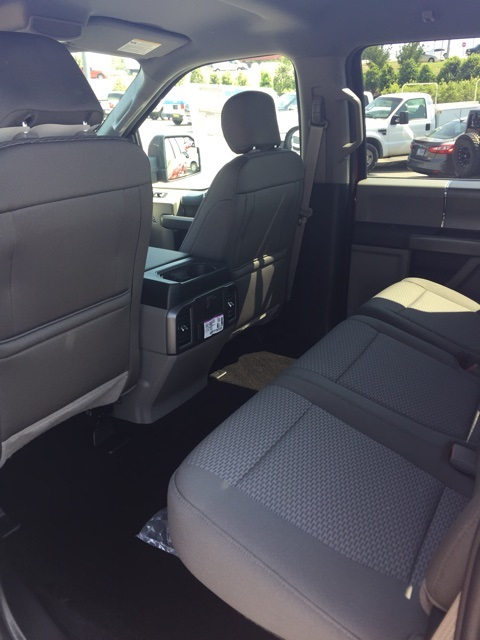 2018 F-150 SuperCrew Cab 4x2,  Pickup #JFC59582 - photo 9