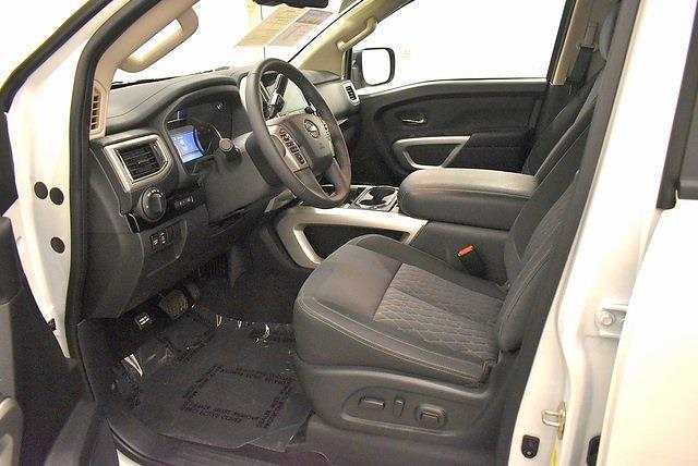 2021 Nissan Titan 4x4, Pickup #PMN503767 - photo 23