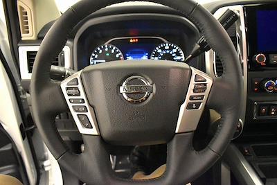 2021 Nissan Titan 4x4, Pickup #PMN503767 - photo 21