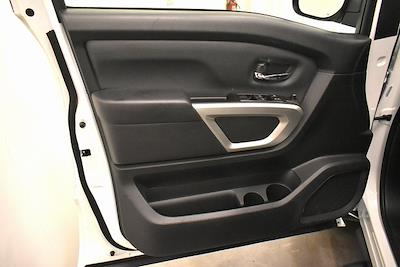 2021 Nissan Titan 4x4, Pickup #PMN503767 - photo 22
