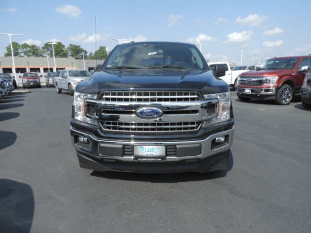 2018 F-150 SuperCrew Cab 4x2,  Pickup #DT8288 - photo 3