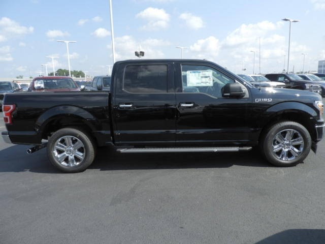 2018 F-150 SuperCrew Cab 4x2,  Pickup #DT8288 - photo 4