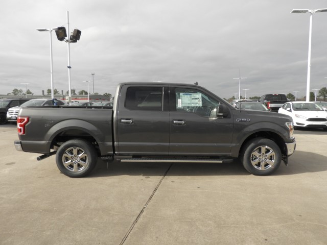 2018 F-150 SuperCrew Cab 4x2,  Pickup #J1561 - photo 4