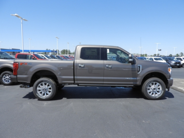 2018 F-250 Crew Cab 4x4,  Pickup #J1724 - photo 4