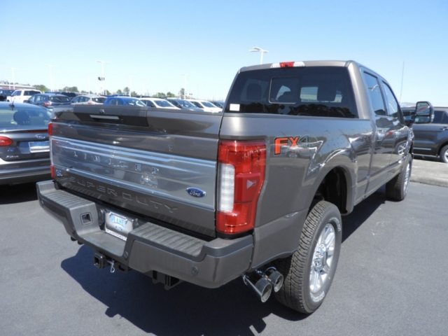 2018 F-250 Crew Cab 4x4,  Pickup #J1724 - photo 2