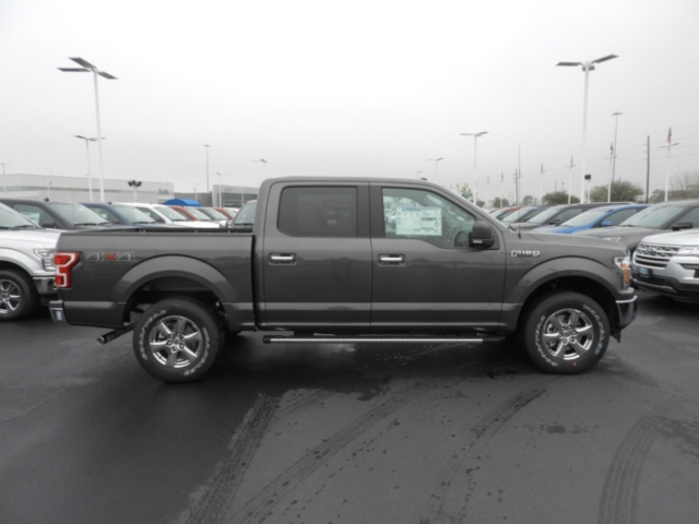 2018 F-150 SuperCrew Cab 4x4,  Pickup #J2404 - photo 4