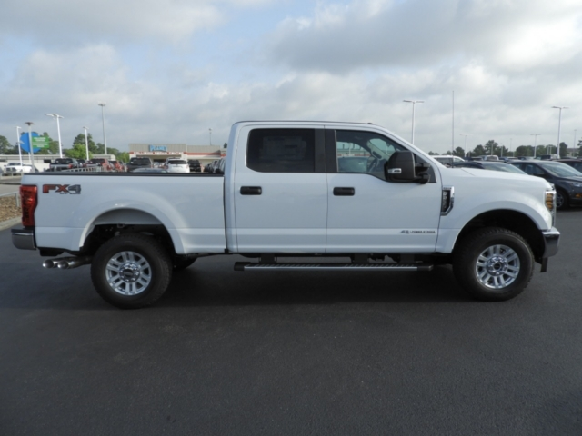 2018 F-250 Crew Cab 4x4,  Pickup #J4886 - photo 13