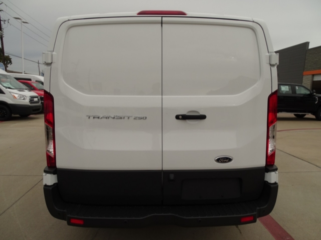 2018 Transit 250 Low Roof 4x2,  Empty Cargo Van #J5478 - photo 6