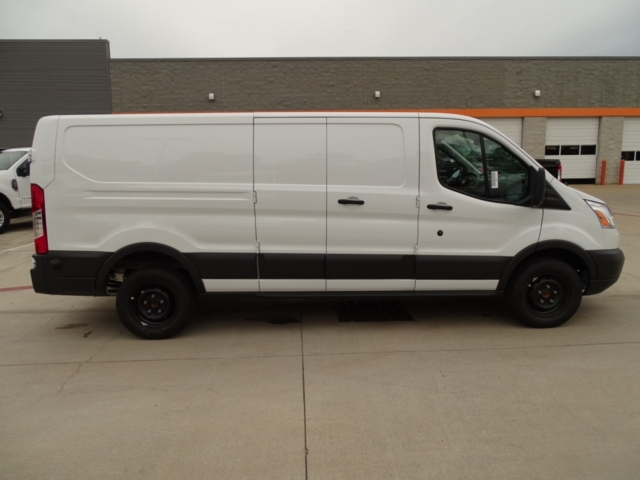2018 Transit 250 Low Roof 4x2,  Empty Cargo Van #J5566 - photo 4