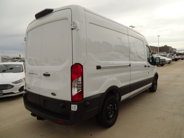 2018 Transit 250 Med Roof 4x2,  Empty Cargo Van #J5676 - photo 5