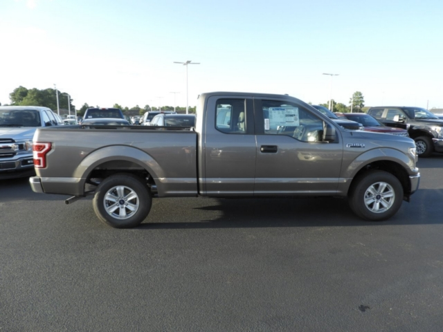 2018 F-150 Super Cab 4x2,  Pickup #J5698 - photo 4