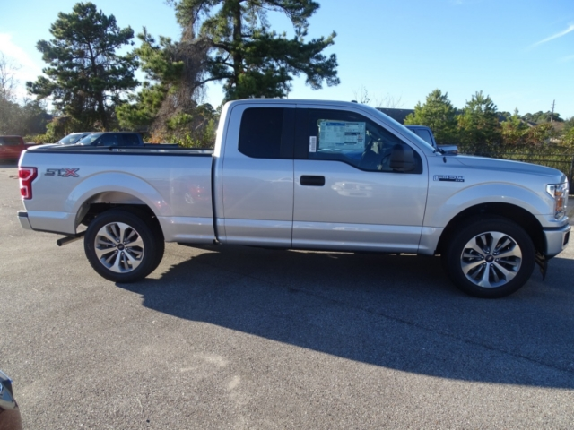2018 F-150 Super Cab 4x2,  Pickup #J5726 - photo 4