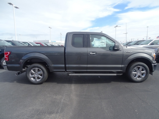 2018 F-150 Super Cab 4x2,  Pickup #J6148 - photo 4