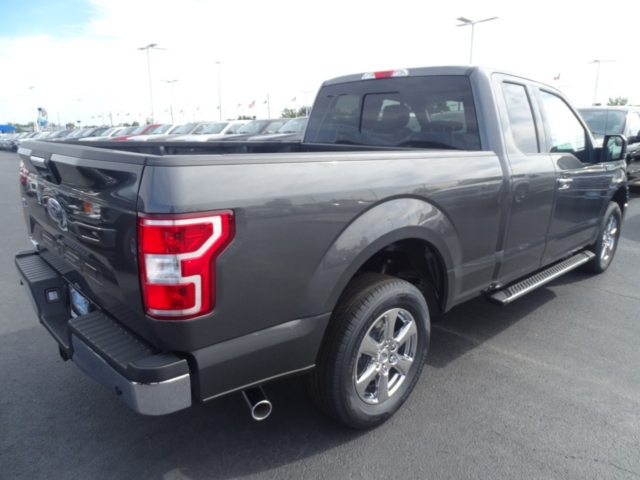 2018 F-150 Super Cab 4x2,  Pickup #J6148 - photo 2