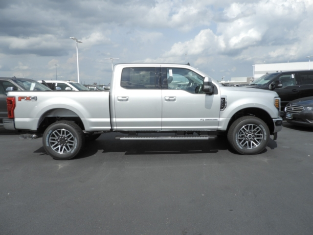 2019 F-250 Crew Cab 4x4,  Pickup #K0111 - photo 4
