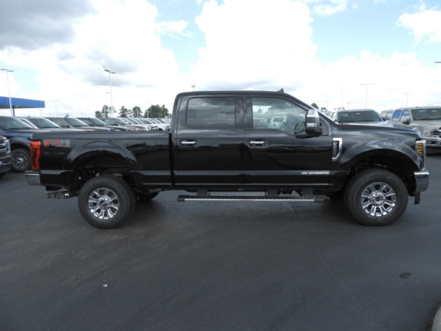 2019 F-250 Crew Cab 4x4,  Pickup #K0146 - photo 4