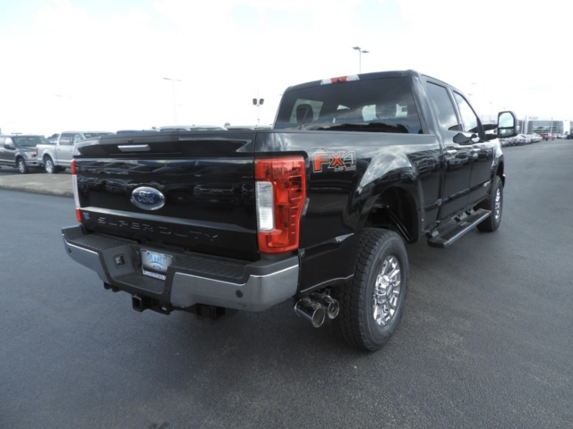 2019 F-250 Crew Cab 4x4,  Pickup #K0146 - photo 2