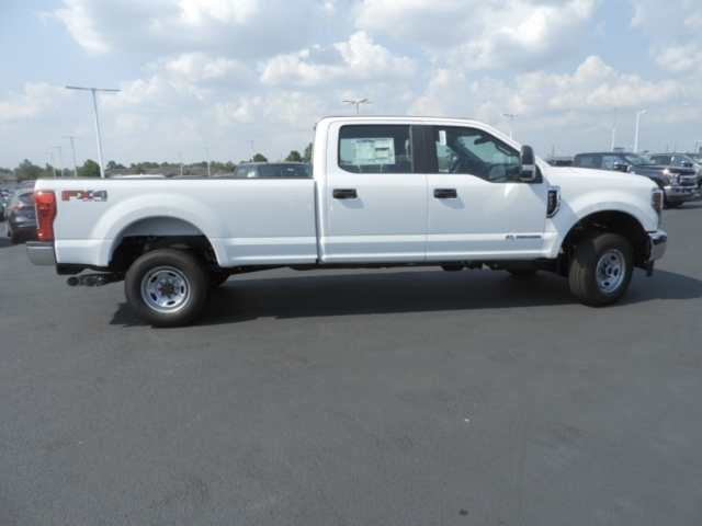 2019 F-250 Crew Cab 4x4,  Pickup #K0155 - photo 4