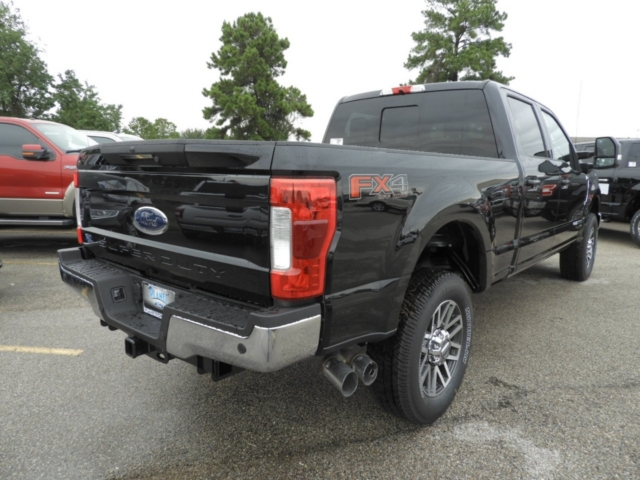 2019 F-250 Crew Cab 4x4,  Pickup #K0445 - photo 2