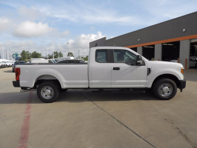 2017 F-350 Super Cab, Pickup #SDT7286 - photo 4
