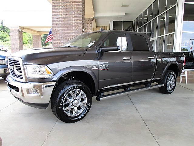 2017 Ram 2500 Crew Cab 4x4, Pickup #14554 - photo 1