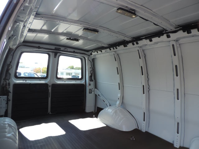 2017 Savana 2500 Cargo Van #87016 - photo 9