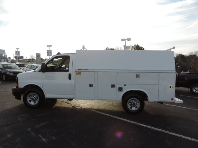 2017 Savana 3500, Reading Service Utility Van #87022 - photo 8