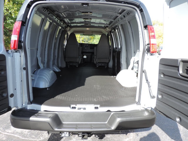 2017 Savana 2500 Cargo Van #87045 - photo 2