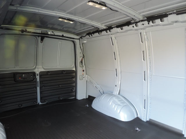 2017 Savana 2500 Cargo Van #87045 - photo 10
