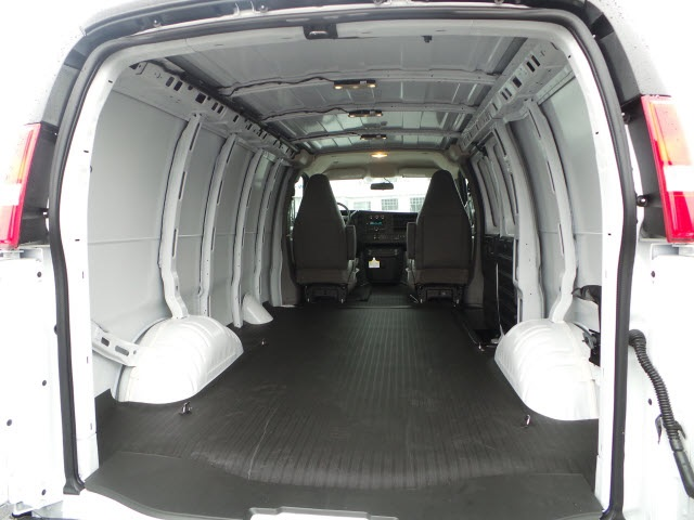 2018 Savana 2500 Cargo Van #88060 - photo 2