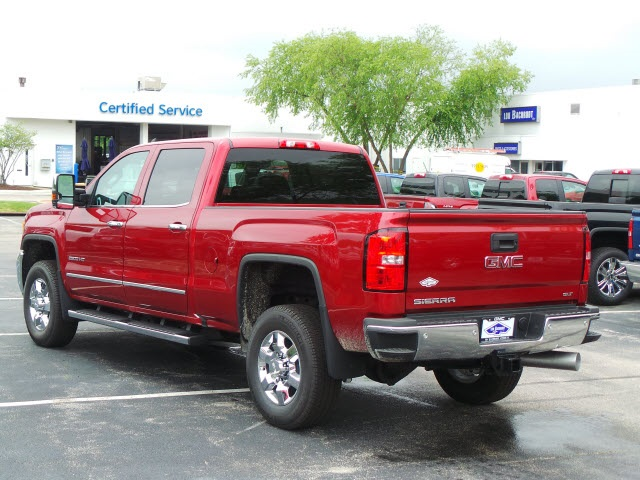 2018 Sierra 2500 Crew Cab 4x4,  Pickup #88136 - photo 5