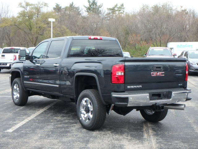 2019 Sierra 2500 Crew Cab 4x4,  Pickup #89056 - photo 4