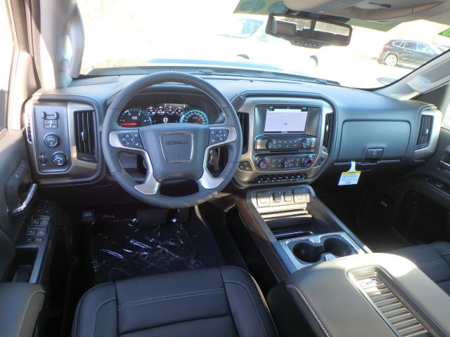2019 Sierra 2500 Crew Cab 4x4,  Pickup #89061 - photo 10