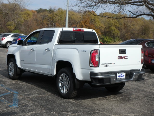 2019 Canyon Crew Cab 4x4,  Pickup #89100 - photo 2