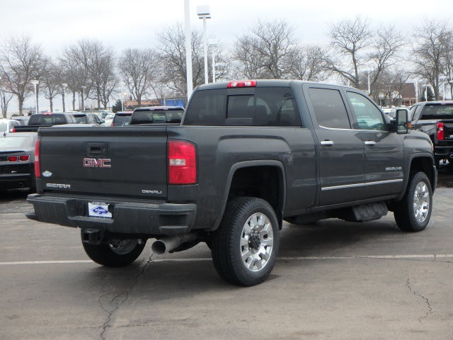 2019 Sierra 2500 Crew Cab 4x4,  Pickup #89132 - photo 2