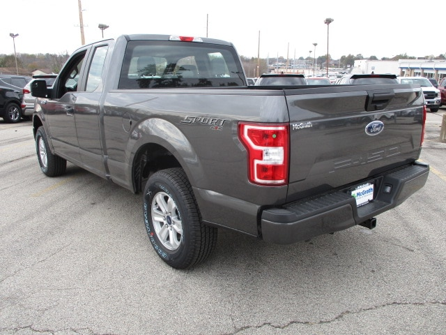 2018 F-150 Super Cab 4x4, Pickup #F180029 - photo 4