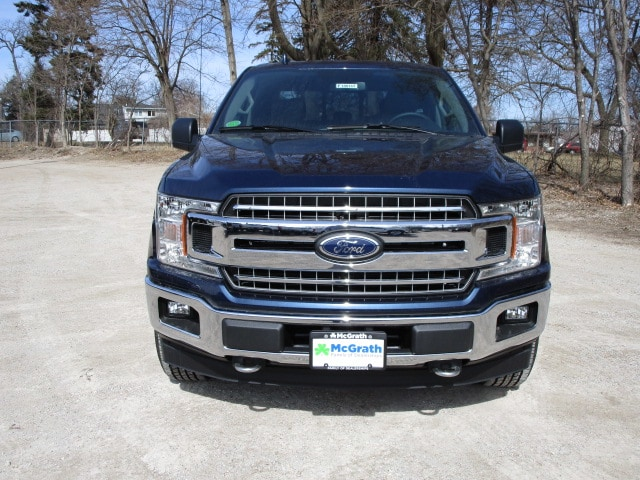 2018 F-150 Crew Cab 4x4, Pickup #F180143 - photo 3