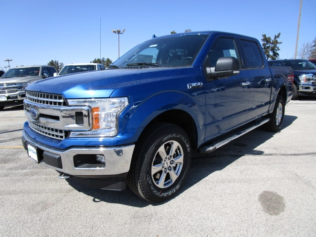 2018 F-150 SuperCrew Cab 4x4, Pickup #F180211 - photo 3