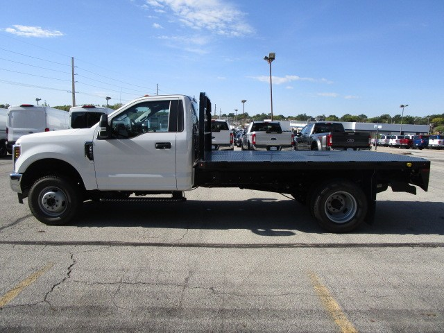 2018 F-350 Regular Cab DRW 4x4,  Knapheide Platform Body #F180515 - photo 7