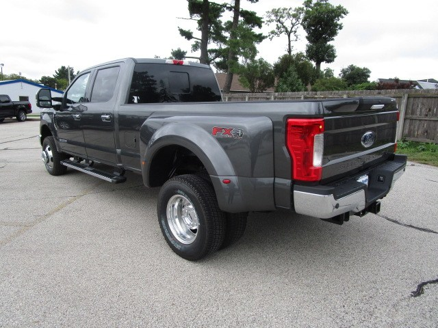2019 F-350 Crew Cab DRW 4x4,  Pickup #F190011 - photo 8