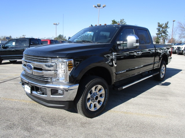 2019 F-250 Crew Cab 4x4,  Pickup #F190042 - photo 4