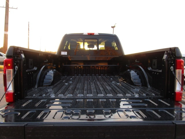 2019 F-250 Crew Cab 4x4,  Pickup #F190085 - photo 13