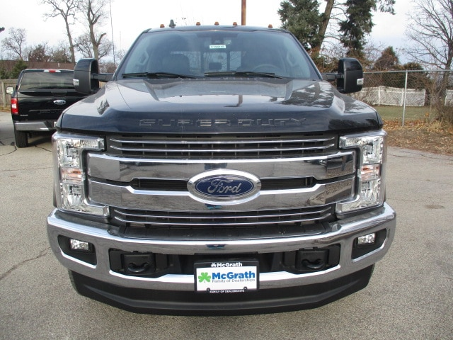 2019 F-250 Crew Cab 4x4,  Pickup #F190115 - photo 3